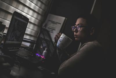 Pros y contras de trabajar desde casa