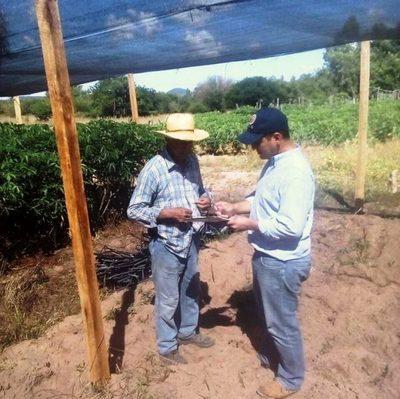 Brindan infraestructura y capacitación a agricultores