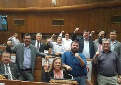 """La guerra por la enmienda se trasladó a Diputados: """"Acá no van a sesionar"""""""