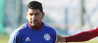 Néstor Ortigoza se suma a Lezcano y renunciaría a la Selección Paraguaya