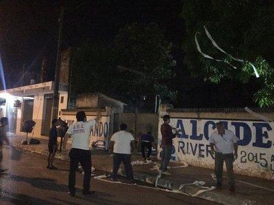 Escrache en vivienda de Yoyito Franco