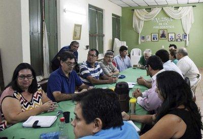 Oposición pide dejar WhatsApp y marchar esta tarde contra el golpe