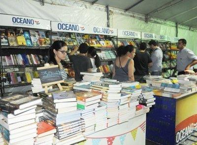 Arranca la Libroferia Asunción, con más de 40 stands en Villa Morra