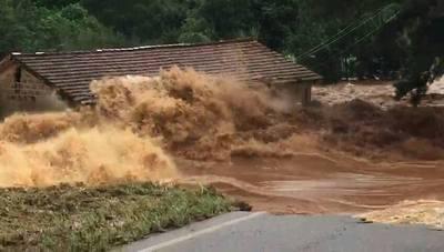Unas 20 casas también están anegadas en Pirapó