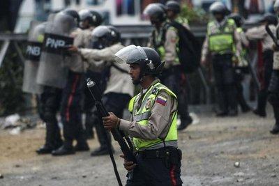 Ya son 11 muertos por disturbios en Caracas