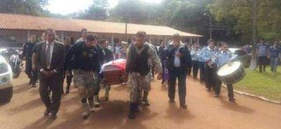 Honores fúnebres a policía fallecido