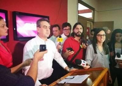 Adelantan que pedirán la suspensión de diputados y senadores disidentes en ANR