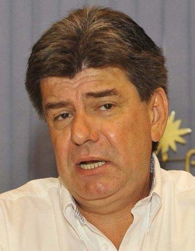Buscan convertir al Paraguay en Caracas