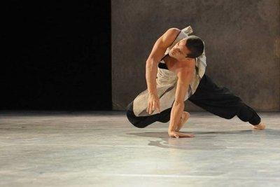 Bailarín ofrece workshop sobre la Técnica Frauenfeld