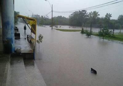 Emergencia en Ñeembucú por inundaciones