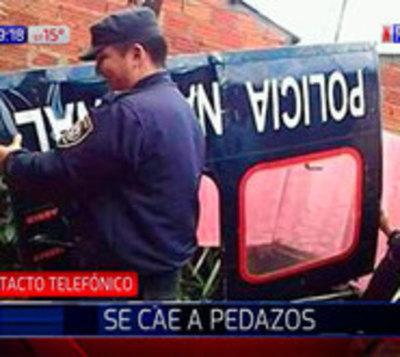 ¡Tremendo susto! Puerta de helicóptero policial cayó sobre una casa