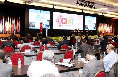 CIAT: especialistas analizan el papel tributario en los niveles de equidad