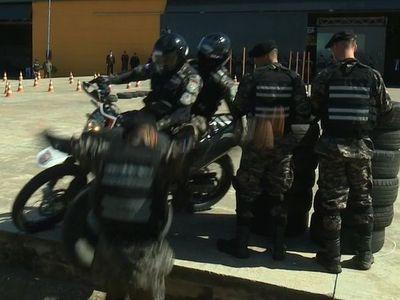 Policías a la cuneta
