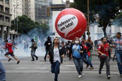 Huelga no paralizó Brasil y Temer defiende reformas