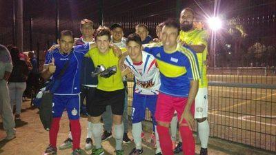 """Con fútbol """"a lo paraguayo"""" celebrarán Día del Trabajador en España"""