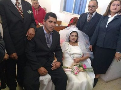 Emotiva boda de una paciente con cáncer en Capiatá