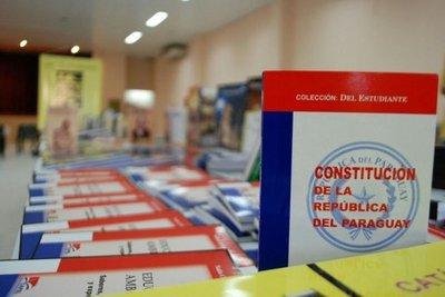 Ultiman detalles para la gran feria de libros en Villarrica