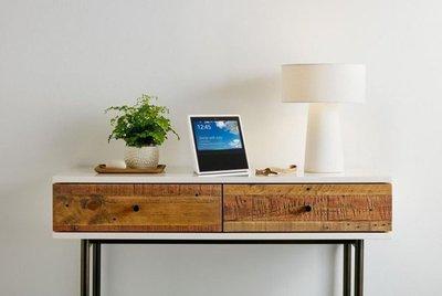 Amazon presenta un dispositivo inteligente de control del hogar con pantalla