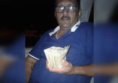Asuntos internos investiga a policías acusados de  recibir millonarios 'sobres'