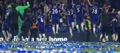 Pasillo de campeón: Chelsea goza en el Stamford Bridge