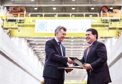 Las dos caras del acuerdo firmado por HC y Macri