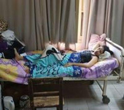 Madre de 19 años da a luz a trillizas en Hospital San Pablo