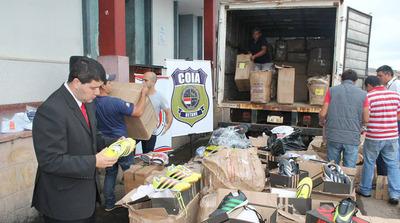 El gran contrabando de calzados pasa por aduana de CDE, denuncian