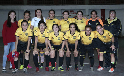 Recoleta se abre paso goleando a Escurra en Futsal Femenino