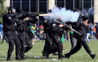 Divulgan video de policías efectuando disparos