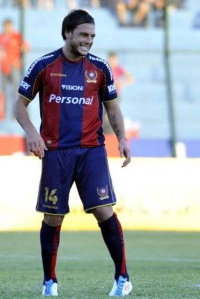 Lucero podría volver al fútbol paraguayo