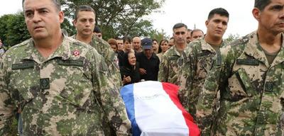 Despiden en su ciudad natal a militar muerto