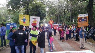 Marchan en repudio a la violencia sexual contra niños