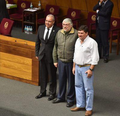 Maniobra legislativa deja a Lugo como presidente del Congreso