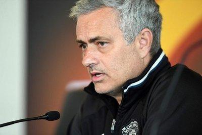 Fiscalía española denuncia a Mourinho