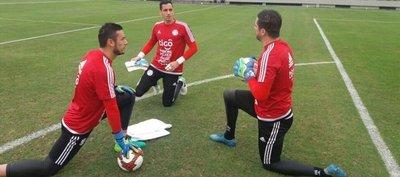 18 futbolistas convocados para amistoso ante México