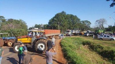 Cierres y caos por tractorazo