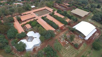 Más de 9 mil millones en refacción del Colegio Área 1