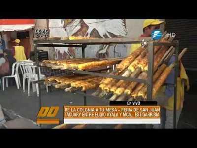 Fiesta de San Juan con variadas comidas