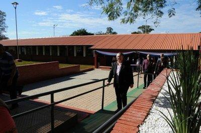 Estudiantes lograron que se repare su colegio
