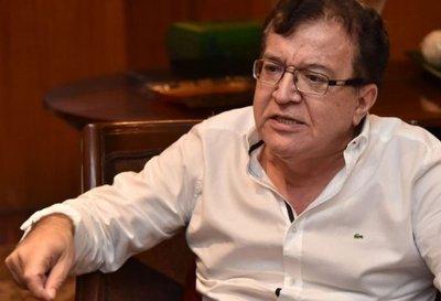 Nicanor sufre robo en España