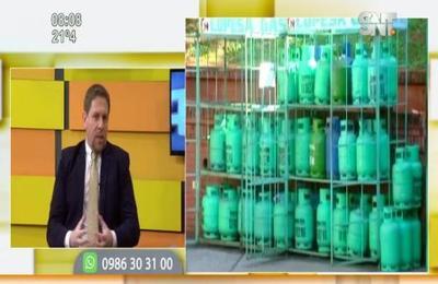 Presidente de Petropar entregó avances y novedades para sus clientes