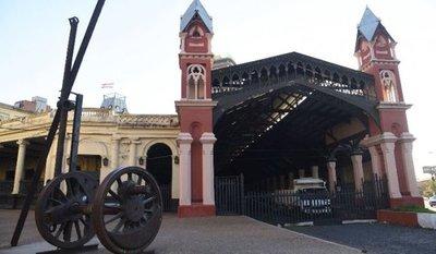 Restauración de Estación del tren está parada