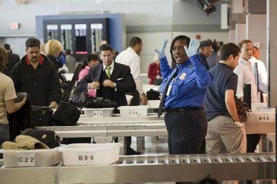 EE.UU. no prohibirá portátiles y tabletas en los vuelos