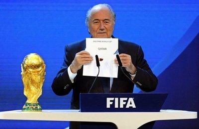 "Joseph Blatter: ""Debía haberme ido antes"""