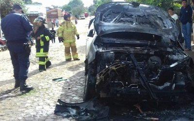 """""""Arde"""" ambiente político en Guairá: okaipaite camio"""
