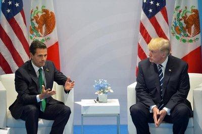 Trump insiste en que México pague el muro