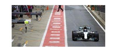 Bottas domina el primer día de prácticas en Silverstone