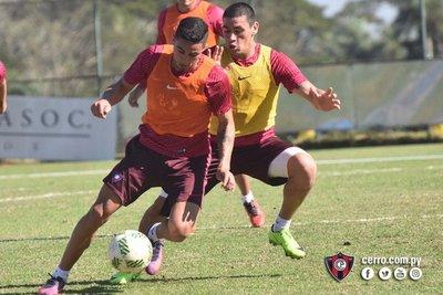 Pese a las lesiones, Álvarez sigue buscando sacar lo mejor que tiene