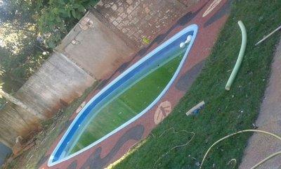 Niño de 5 años muere ahogado en una piscina