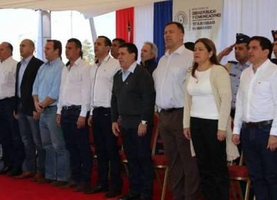 Recibieron a Cartes y Peña con la polka Gral Stroessner en Canindeyú